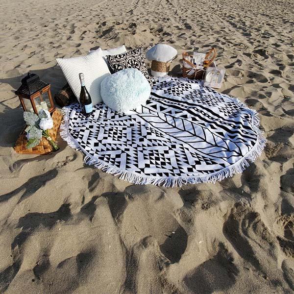 image-Nimm es mit ans Meer, auf eine Reise oder zum Picknick.